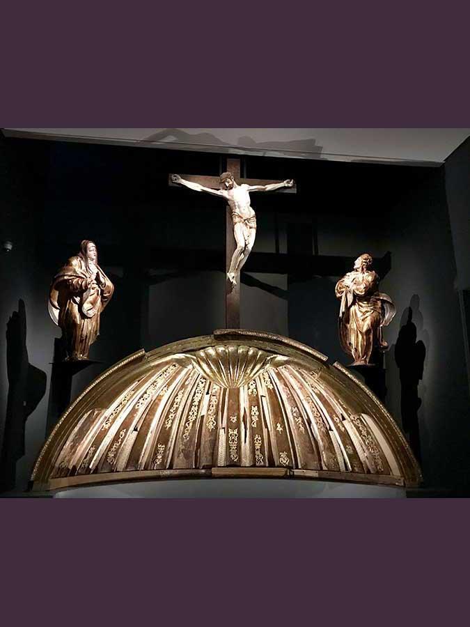 Calvario del Retablo de San Benito (12)