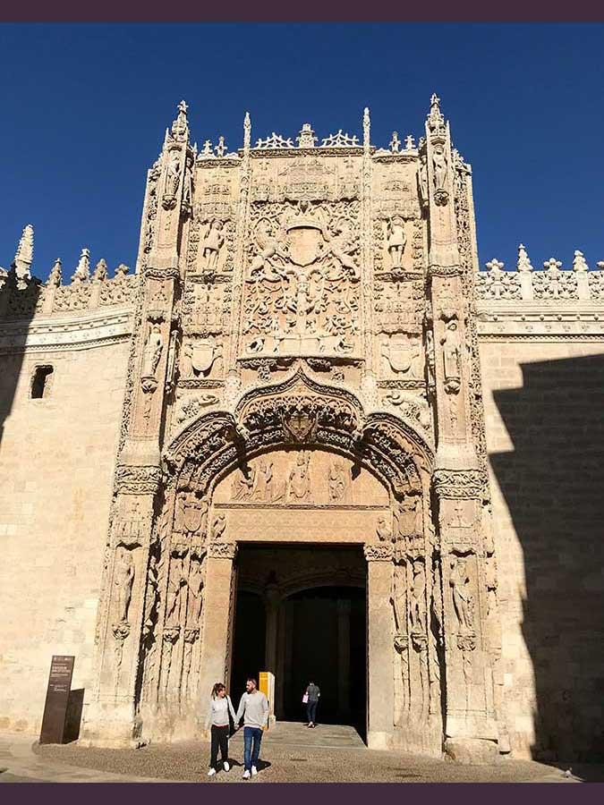 Fachada del Colegio de San Gregorio (15)